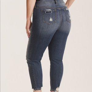 0ecd6d4d90a torrid Jeans - NWT Torrid distressed jeans with fishnet